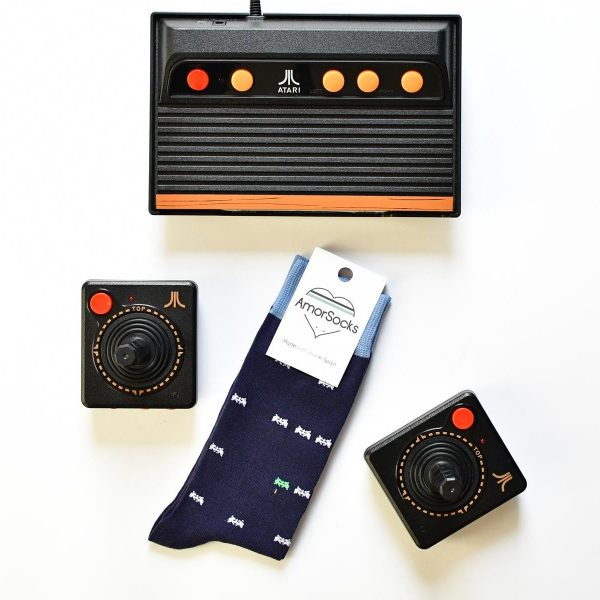 AmorSocks-calcetines-socks-marcianitos-arcade-space-invaders-atari-azul-marino-blanco-verde-coleccion-coleccion