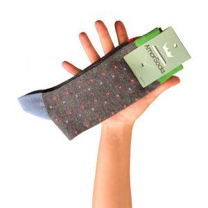 amorsocks-calcetines-socks-cubos-gris-melange-cuadrados-coral-verde-celeste-cuadrado