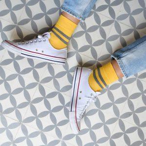 amorsocks-calcetines-socks-bajos-tobilleros-retro-rayas-amarillo-gris