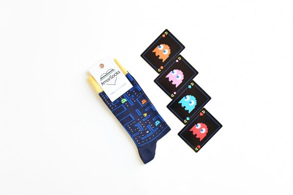 amorsocks-calcetines-socks-comecocos-pacman-arcade-80s-navy-azul-marino-amarillo-namco-2020