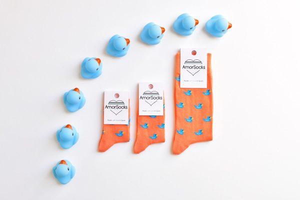 AmorSocks-calcetines-socks-niños-niñas-patos-kids-patitos-de-goma-ducks-rubber-ducks-coral-azul-blue-cuadrada