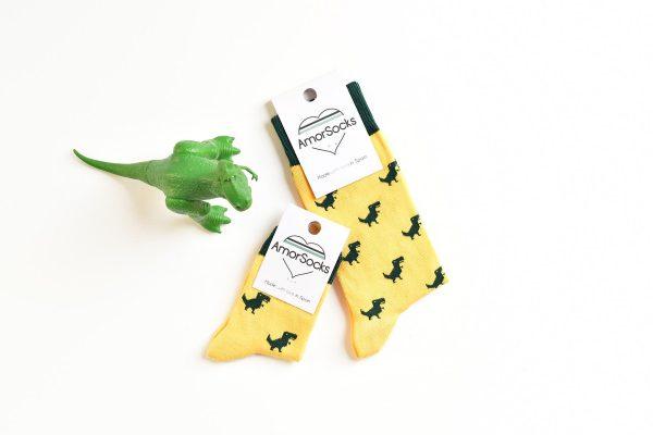 AmorShoes_amorsocks-calcetines-socks-dinos-dinosaurios-trex-tiranoraurio-amarillo-yellow-niños-niñas-kids