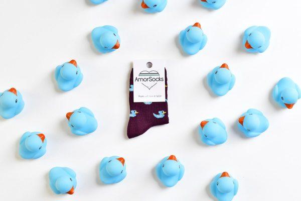 AmorSocks-calcetines-socks-kids-niños-patos-patitos-de-goma-ducks-rubber-ducks-burdeos-azul-blue